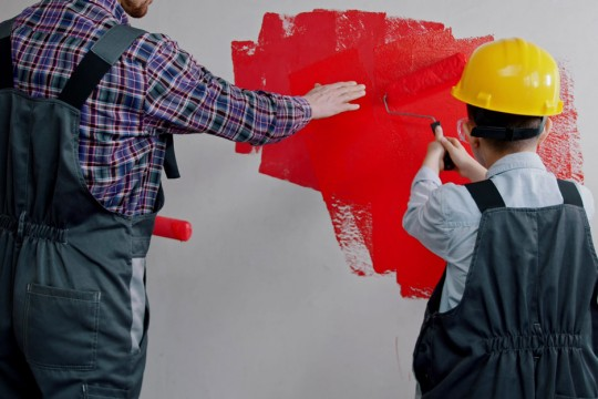 ТОП типичных ошибок при покраске стен в квартире