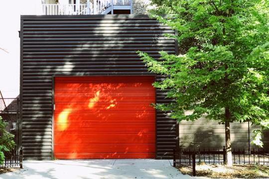 Чем покрасить стены в гараже. Практичные советы о которых многие и не подозревают