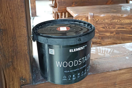 Как и чем защитить древесину от влаги, гниения и вредителей?